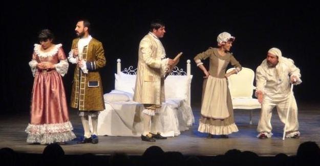 Kayyım, Kürtçe tiyatro yapan oyuncuların işine son verdi