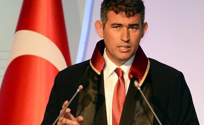 CHP'den Feyzioğlu'na: Siyasi partilerle değil adalet ile arasına mesafe koymuştur
