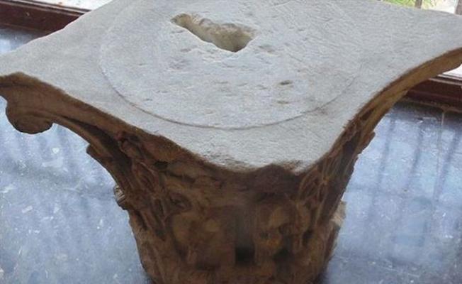 Devlet Hastanesinin kafeteryasında sehpa olarak kullanılan mermer 1800 yıllık çıktı
