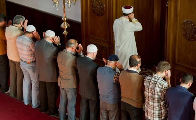 İşten çıkartılan imamlar DİTİB'e dava açtı