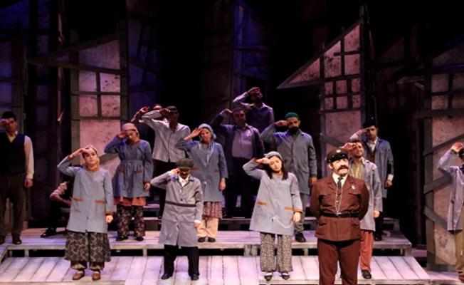 Sözleşmeleri yenilenmeyen Diyarbakır Şehir Tiyatrosu oyuncuları, yeni sahne kurdu