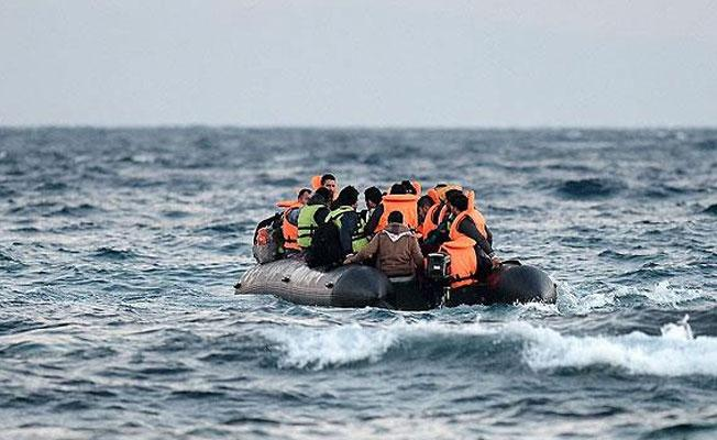 Akdeniz'de sığınmacı botu battı: 145 kişi kayıp
