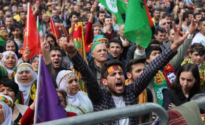 Çatışmalardan kaçan Kürtler referanduma bakışlarını anlattı: Benim 'hayır'ım 100 yıllık bir 'hayır'