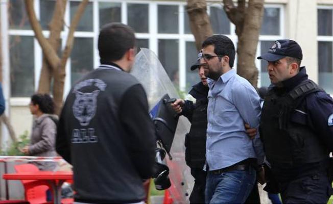Dicle Üniversitesi'nde Newroz etkinliğine müdahale: Çok sayıda gözaltı var