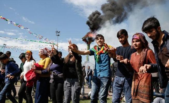 Diyarbakır, Newroz halayına durdu