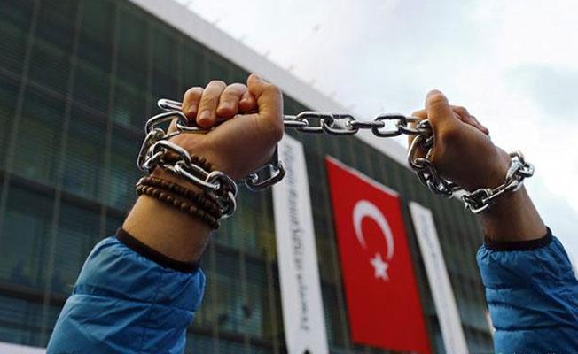 Dünyadaki tutuklu gazetecilerin yarısı Türkiye'de