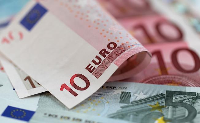Almanya'daki Türkler, 2016'da Türkiye'ye 800 milyon euro havale etti