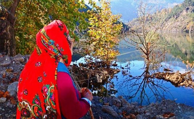 Evi HES'lerin altında kalan Ümmühan Nine'ye kadın ve çevre örgütlerinden destek