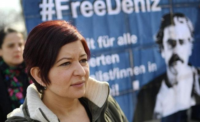 Tutuklanan gazeteci Deniz Yücel'in kardeşi konuştu: Gözdağı