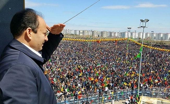 HDP'den Akşam ve Star'a fotoğraflı yanıt: Doğru yerde olduğunuzdan emin misiniz?