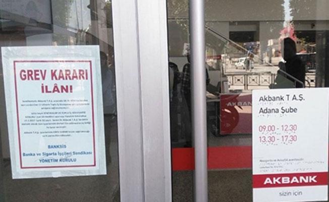 Mahkemeden Akbank grevi kararı