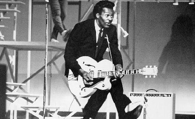 Müzisyen Chuck Berry hayatını kaybetti
