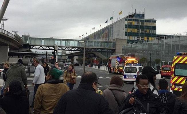Orly Havalimanı saldırganının kimliği açıklandı