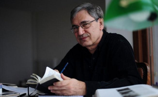 Orhan Pamuk'a Macaristan'dan ödül