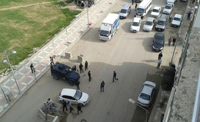 Suruç Emniyet Müdürlüğü'ne bombalı saldırı girişimi