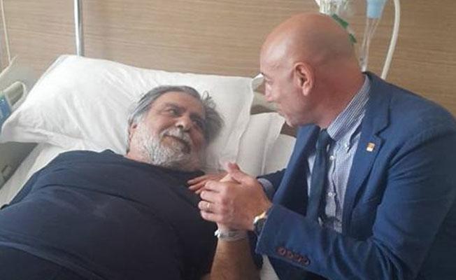 Arif Sağ, hastanede tedavi görüyor