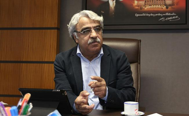HDP'li Sancar'dan darbe raporu yorumu:  Kontrollü darbe iddiasını çürütecek tezleri sunsunlar