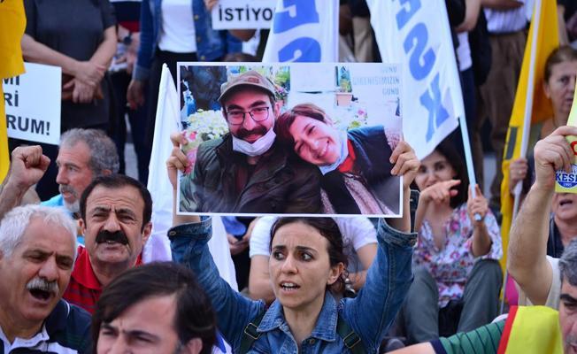 İzmir'de Gülmen ve Özakça'ya destek eylemi