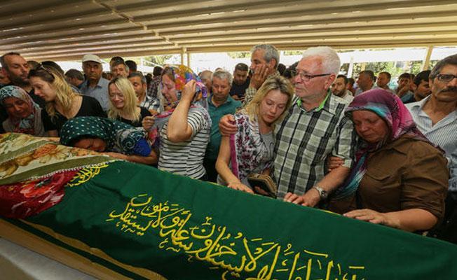 Marmaris'teki kazada yaşamını yitirenlerin cenazeleri ailelerine teslim edildi