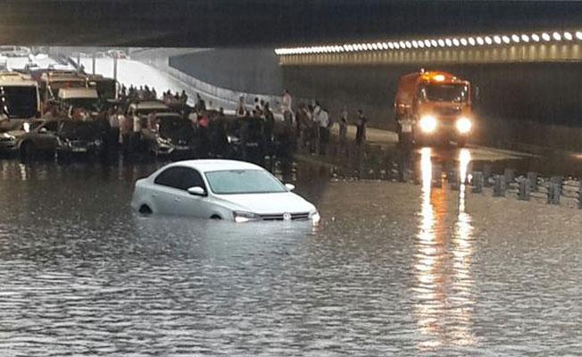 Meteoroloji'den kuvvetli yağış uyarısı: Su baskınları yaşanabilir