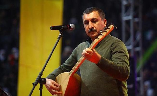 Sanatçı Ferhat Tunç'a tweet'lerinden soruşturma