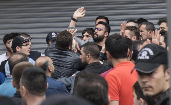 Sultangazi'de mültecilerle kavga; bir kişi öldürüldü