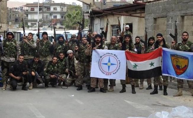 Süryani milisler IŞİD'e karşı operasyon için Deyrezzor'da