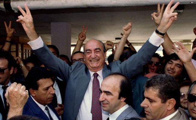 Yunanistan eski başbakanı hayatını kaybetti