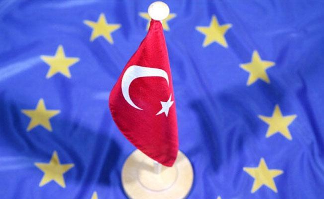 AB, Türkiye'ye verdiği 4,5 milyar euroluk mali yardımı denetleyecek