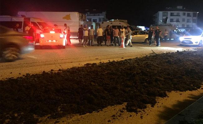 'Adalet Yürüyüşü'nde kamp kurulan yere hayvan gübresi döküldü