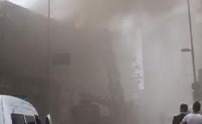 Beyoğlu'nda bir kafede yangın çıktı
