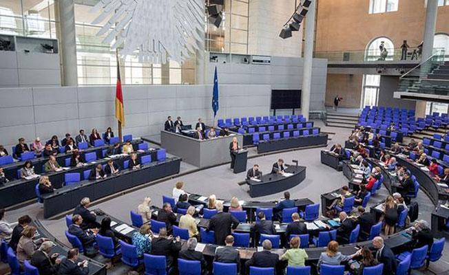 Die Welt: MİT Alman vekilleri izliyor