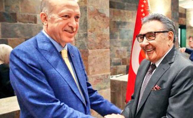 Erdoğan ve Aydın Doğan'dan iftar pozu