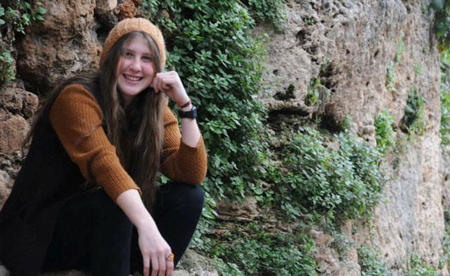 Gezi'nin yıl dönümünde 'kırmızı fularlı kız'ı anan 10 kişi tutuklandı