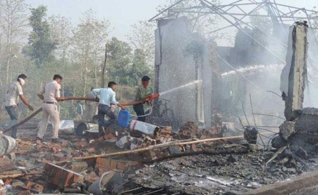 Hindistan'da havai fişek fabrikasında patlama: 23 işçi hayatını kaybetti