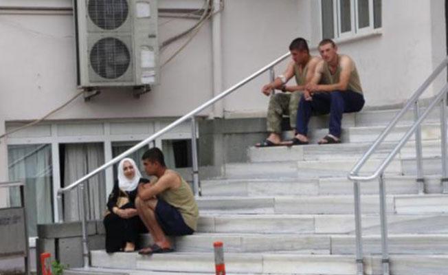 Manisa'da askerlere yemekleri belediyeler vermeye başladı
