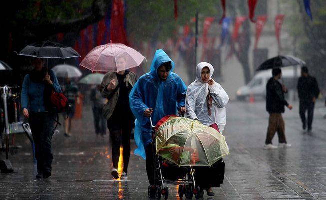 Meteoroloji'den İstanbul uyarısı: Gök gürültülü sağanak yağış bekleniyor