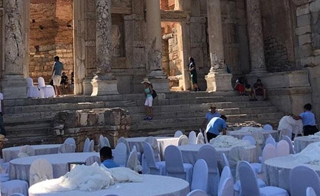 """""""Efes Antik Kenti'nde düğün organizasyonları yapılıyor"""""""