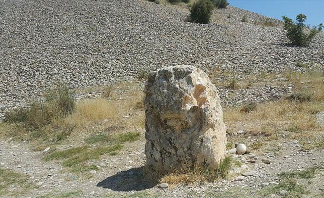 Adıyaman'da 2 bin yıllık aslan heykelini kırdılar