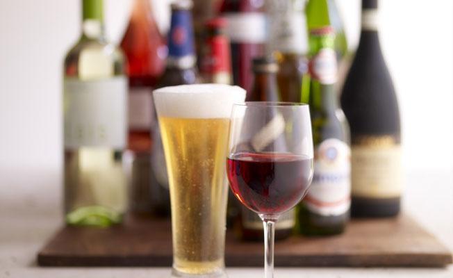 Alkollü içeceklere yine zam
