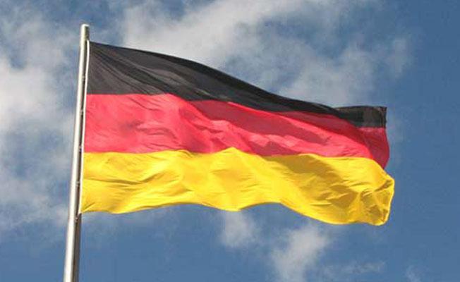 Almanya'dan Türkiye açıklaması: Silah projelerini gözden geçireceğiz