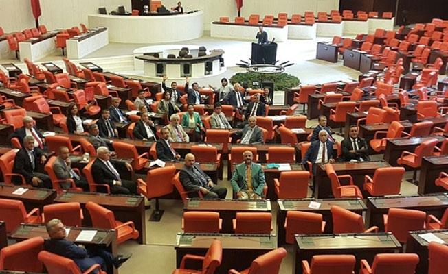 CHP'den Meclis'i tek etmeme eylemi: Son vekilin sözü bitmeden bitmeyecek