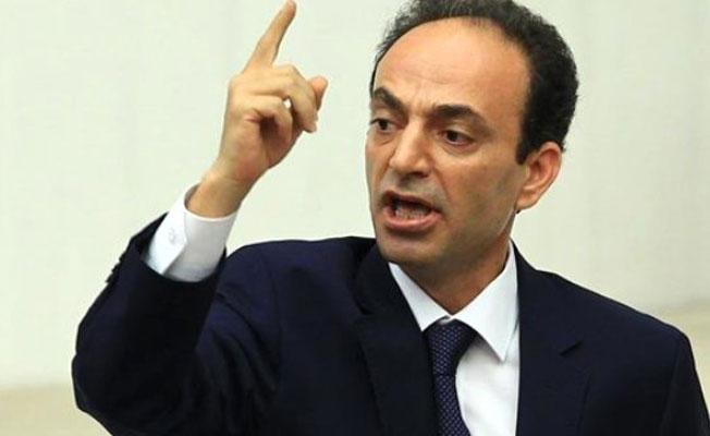 """""""Erdoğan, 'yüzde 51'in lideriyim' deyip yüzde 13'ün liderinden korkan bir lider olarak tarihe geçecek"""""""