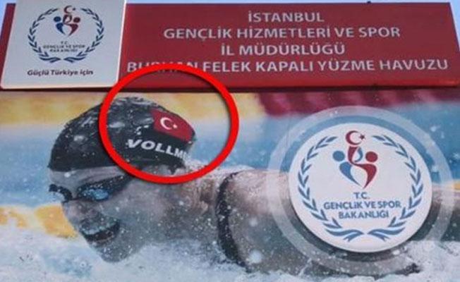 Gençlik ve Spor Bakanlığı afişlerde ABD'li yüzücüyü Türk olarak gösterdi