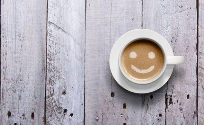 Günde 3 bardak kahve 'ömrü uzatabilir'