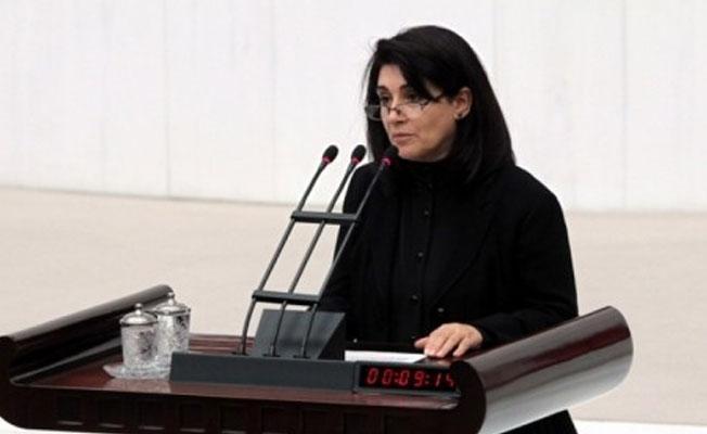 HDP'li Zana artık 'vekil sayılmayacak'