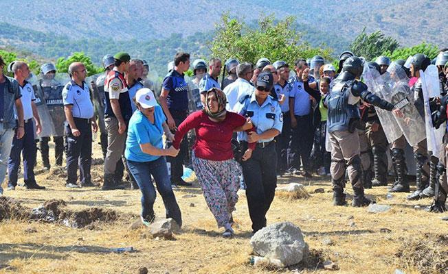 Köylülerden 'Ağaçlar sökülmesin' nöbeti: Gözaltılar var