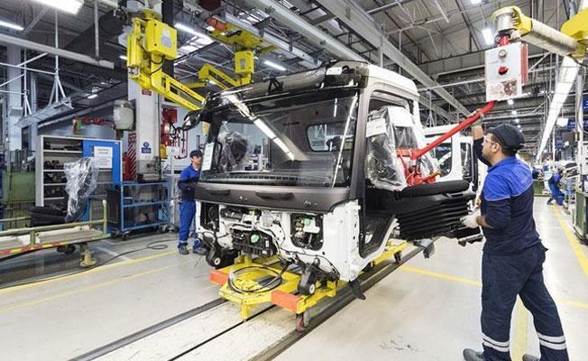Mercedes fabrikasında 200'de fazla işçi işten atıldı