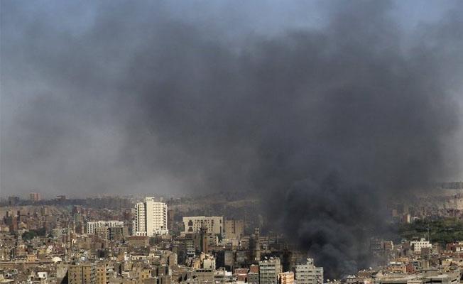 Mısır'da bomba yüklü araç infilak etti