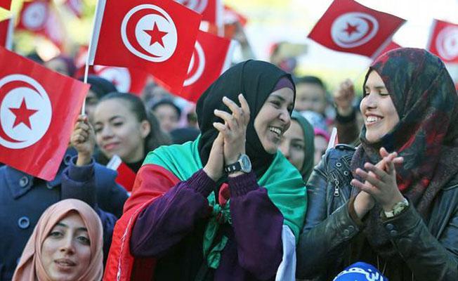Tunuslu kadınların zaferi: Evlilik içi cinsel saldırı da suç kapsamında